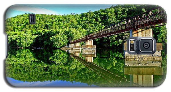 Tranquility At The James River Footbridge Galaxy S5 Case