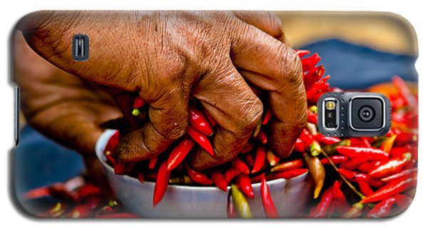 Woman Holding Red Chillies, Can Cau Market, Sapa,vietnam Galaxy S5 Case