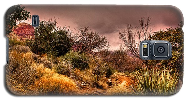 Traveling The Trail At Red Rocks Canyon Galaxy S5 Case