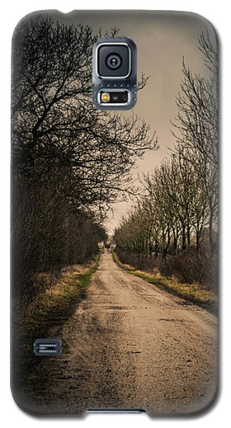 Galaxy S5 Case featuring the photograph Treadmill by Odd Jeppesen