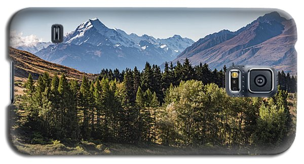 Galaxy S5 Case featuring the photograph Tree View Of Mt Cook Aoraki by Gary Eason