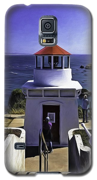 Galaxy S5 Case featuring the photograph Trinidad Memorial Lighthouse by Diane Schuster