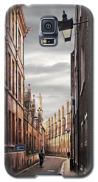 Galaxy S5 Case featuring the photograph Trinity Lane Cambridge by Gill Billington
