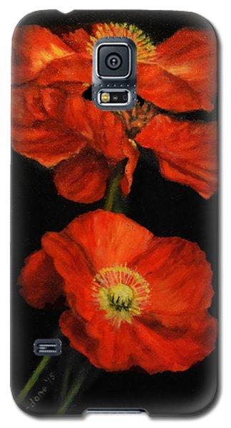 Galaxy S5 Case featuring the painting Poppy Trio by Sandra Nardone