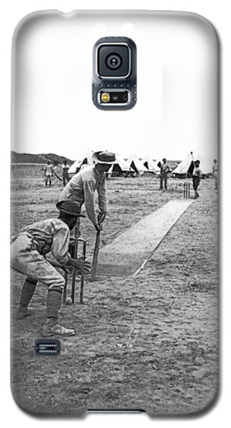 Troops Playing Cricket Galaxy S5 Case by Underwood Archives