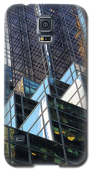 Galaxy S5 Case featuring the photograph Trump Tower by Mitch Cat