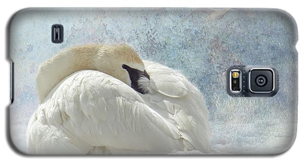 Trumpeter Textures #1 - Swan Feather Galaxy S5 Case