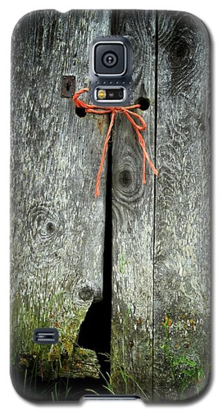 Galaxy S5 Case featuring the photograph Trust by Colleen Williams