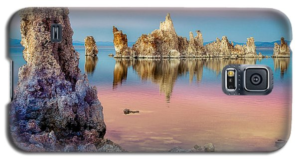 Tufas At Mono Lake Galaxy S5 Case