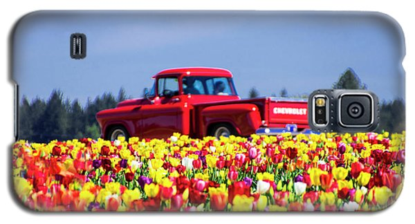 Tulips And Red Chevy Truck Galaxy S5 Case