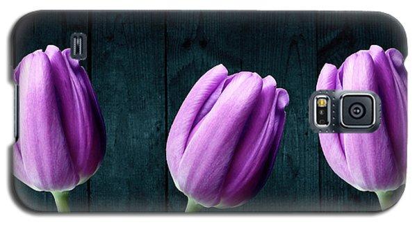 Tulips On Wood Galaxy S5 Case