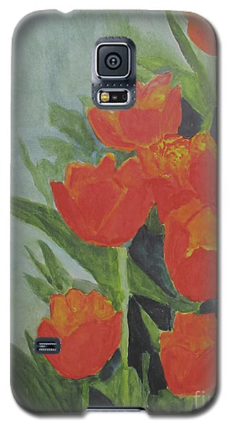Galaxy S5 Case featuring the painting Tulips by Sandy McIntire