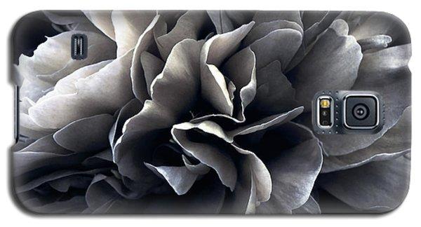 Galaxy S5 Case featuring the photograph Turbulence by Darlene Kwiatkowski