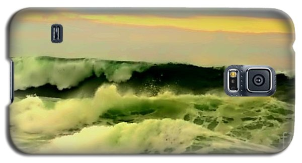 Turbulent Ocean Swell Galaxy S5 Case by Blair Stuart