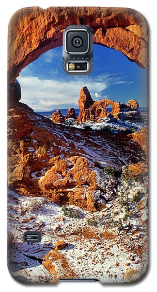 Turret Arch Through North Window Arches National Park Utah Galaxy S5 Case
