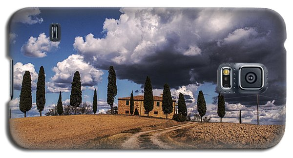 Galaxy S5 Case featuring the photograph Tuscan Villa by Yuri Santin