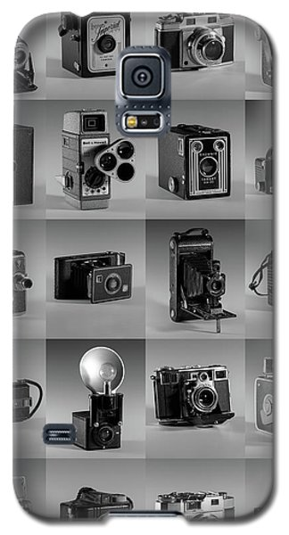 Twenty Old Cameras - Black And White Galaxy S5 Case