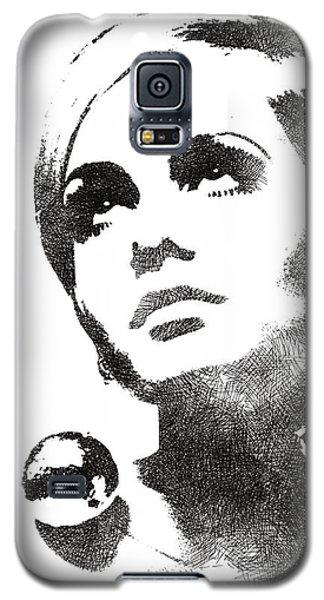 Twiggy Bw Portrait Galaxy S5 Case