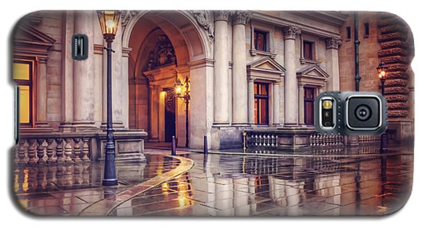 Galaxy S5 Case featuring the photograph Twilight At Hamburg Town Hall Courtyard  by Carol Japp