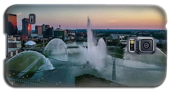 Twilight At The Fountains Galaxy S5 Case