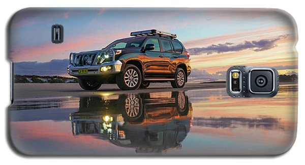 Twilight Beach Reflections And 4wd Car Galaxy S5 Case