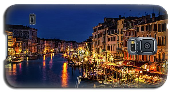 Galaxy S5 Case featuring the photograph Twilight From The Rialto Bridge by Andrew Soundarajan