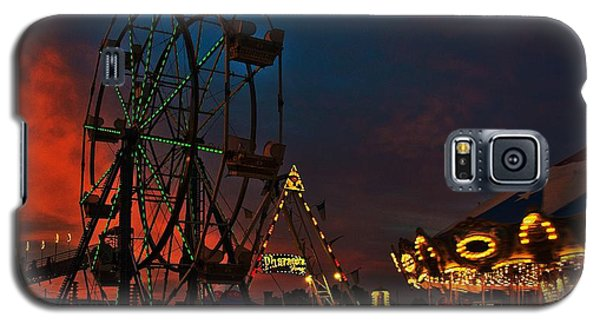 Twilight On The Midway  Galaxy S5 Case by John Harding