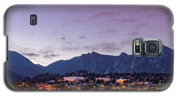 Twilight Panorama Of Estes Park, Stanley Hotel, Castle Mountain And Lumpy Ridge - Rocky Mountains  Galaxy S5 Case