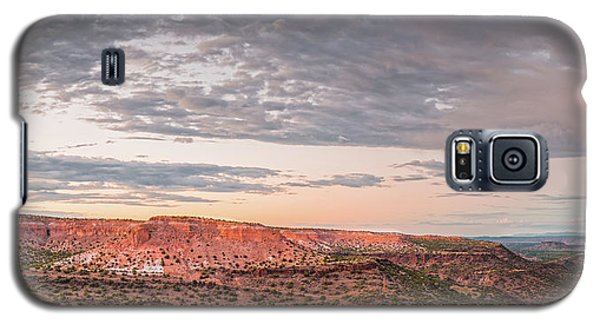 Sangre De Cristo Galaxy S5 Case - Twilight Panorama Over Kwage Mesa From White Rock Over by Silvio Ligutti