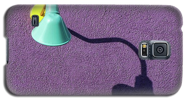 Twisted Lamp And Shadow Galaxy S5 Case by Gary Slawsky