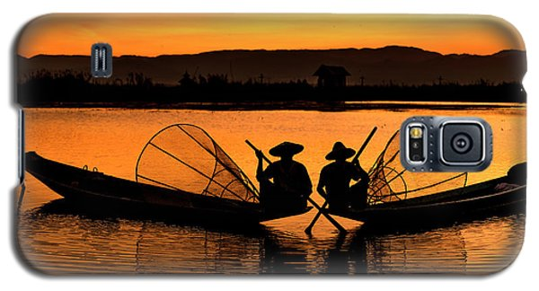 Two Fisherman At Sunset Galaxy S5 Case
