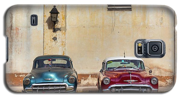 Galaxy S5 Case featuring the photograph Two Old Vintage Chevys Havana Cuba by Charles Harden