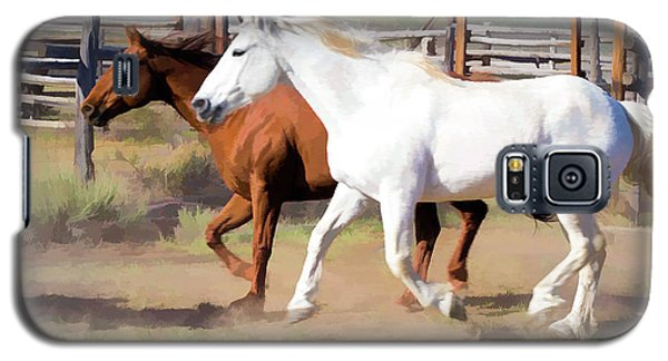 Two Ranch Horses Galloping Into The Corrals Galaxy S5 Case