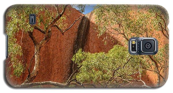 Galaxy S5 Case featuring the photograph Uluru 02 by Werner Padarin