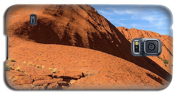 Galaxy S5 Case featuring the photograph Uluru 04 by Werner Padarin
