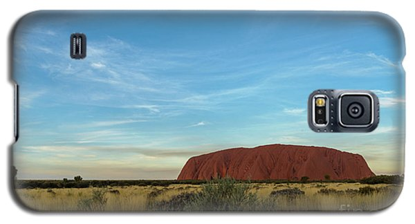 Galaxy S5 Case featuring the photograph Uluru Sunset 02 by Werner Padarin