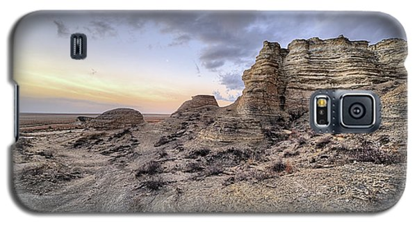 Galaxy S5 Case featuring the photograph Unbelievably Kansas by JC Findley