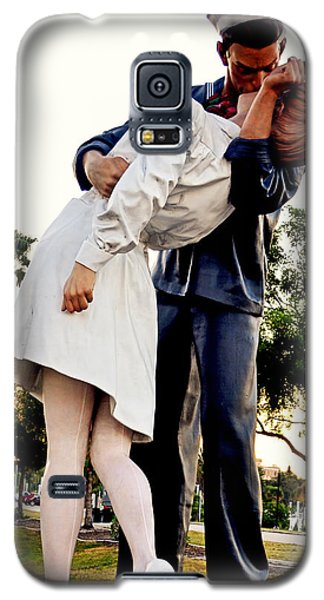 Unconditional Surrender Statue - Sarasota 001 Galaxy S5 Case by George Bostian