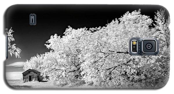 Galaxy S5 Case featuring the photograph Under A Dark Sky by Dan Jurak