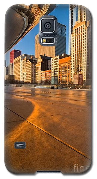Under The Bean And Chicago Skyline At Sunrise Galaxy S5 Case