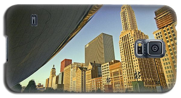 Under The Bean And Chicago Skyline Galaxy S5 Case
