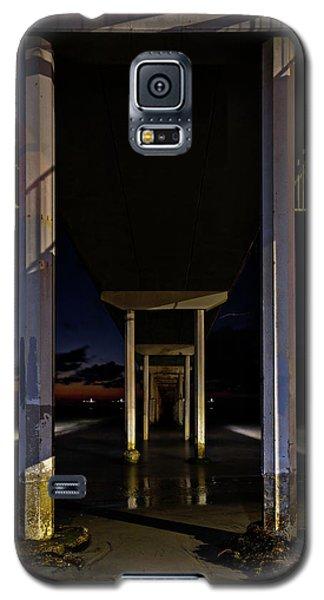 Under The Ocean Beach Pier At Sunste Galaxy S5 Case