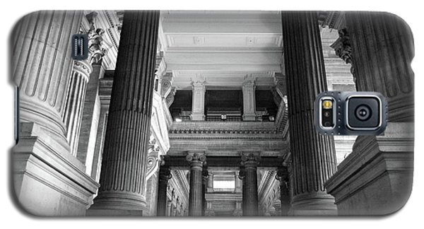 Galaxy S5 Case featuring the photograph Under The Scaffolding Of The Palace Of Justice - Brussels by RicardMN Photography