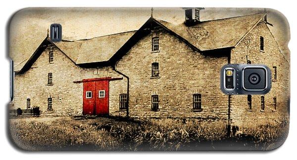 Uni Barn Galaxy S5 Case by Julie Hamilton