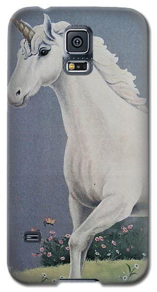 Unicorn Roaming The Grass And Flowers Galaxy S5 Case