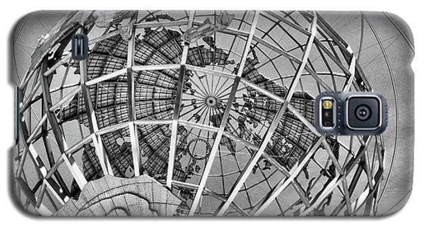 Unisphere In Black And White Galaxy S5 Case