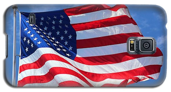 Galaxy S5 Case featuring the photograph United States Flag by Elizabeth Budd