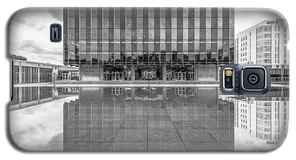 University Of Chicago D' Angelo Law Library Galaxy S5 Case by University Icons