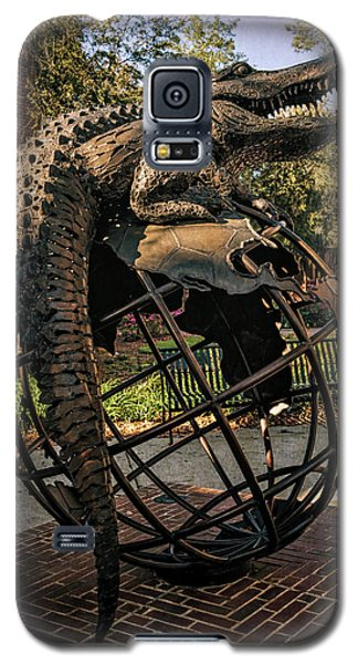 Galaxy S5 Case featuring the photograph University Of Florida Sculpture by Joan Carroll