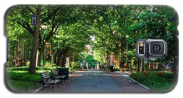 Galaxy S5 Case featuring the photograph University Of Pennsylvania Campus - Philadelphia by Bill Cannon
